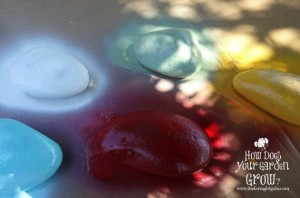 Create your own rockin 39 garden stones for Spray paint rocks for garden