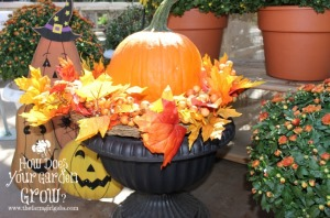 Outdoor Fall Decorating Ideas Www Thefarmgirlgabs Com