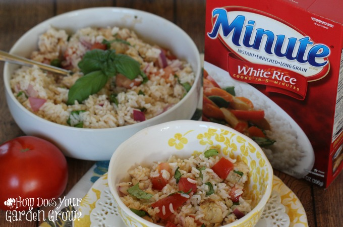 #AD Need a quick summer meal? Try this Bruschetta Rice and Chicken Salad made with Minute Rice #MinuteMeals