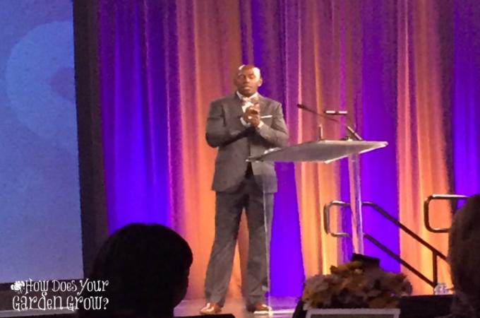 Donald Driver, former NFL Wide Receiver, addresses attendees of the 2015 Disney Social Media Moms Celebration.