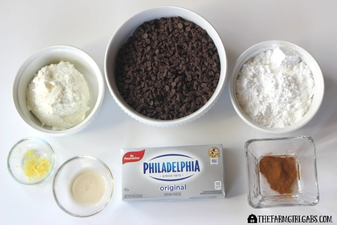 Cannoli Cheeseball Ingredients