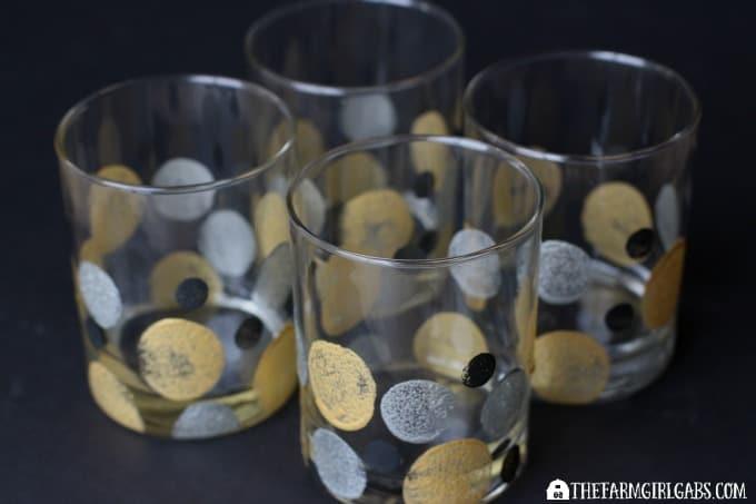Art Deco Painted Glasses - Feature 2