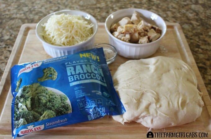 Chicken Broccoli Ranch Stromboli Ingredients