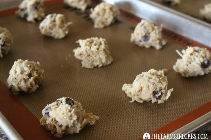 Coconut Oatmeal Crunch Cookies - Step 3