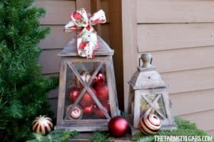 The most wonderful time of the year is here! It's time to deck the halls for Christmas! Here are 10 Ways To Decorate Your Porch For Christmas. #Ad #BoscovsHolidayHomeTour