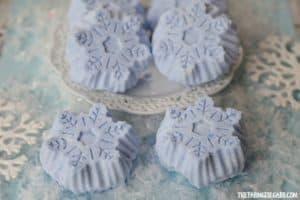 DIY Frozen Bath Bombs