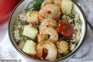 This Hawaiian Shrimp Rice Bowl is a flavorful and simple 30-Minute meal. Full of Polynesian flavors, Rice Bowl is a winner. #StirUpTheFun
