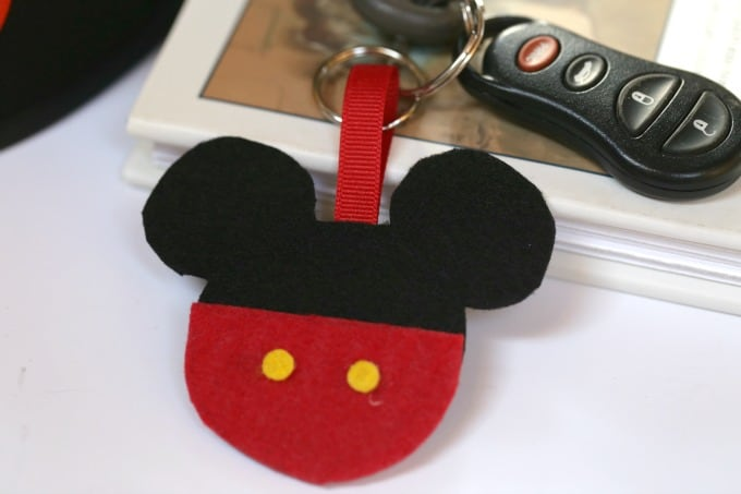 DIY Mickey Mouse Keychain