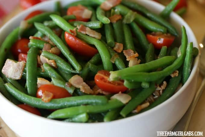 Easy Green Bean And Bacon Salad recipe is the perfect side dish to enjoy any time of the year. #SideDish #Beans #EasterRecipes
