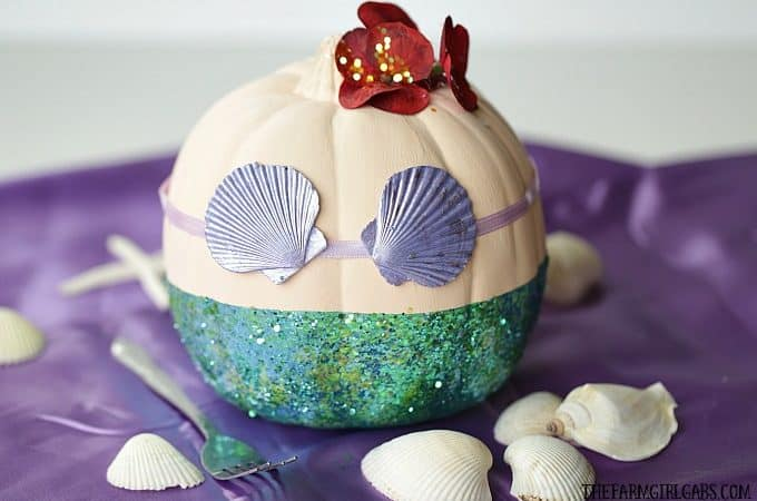 Dinglehoppers, Snarfblatts and this DIY Disney The Little Mermaid Pumpkin are the perfect way to celebrate Halloween!