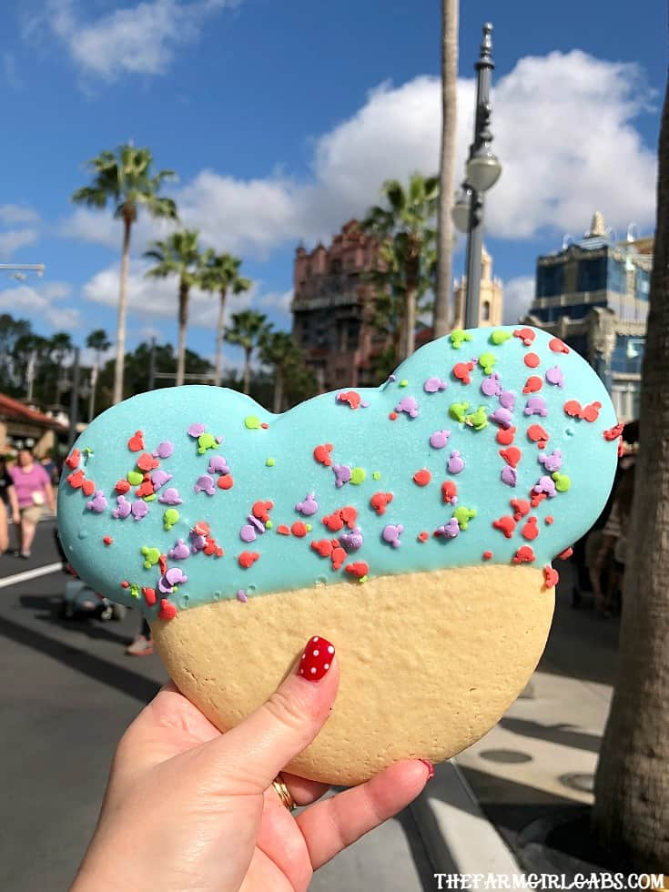 Eat your way around the happiest place on earth and try a few of these 15 Must Eat Snacks At Walt Disney World.