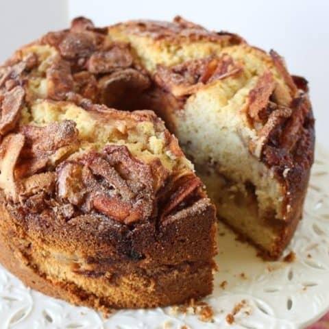 The Best Jewish Apple Cake