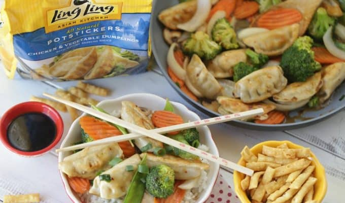 Celebrate the Chinese New Year with this easy make at home Potsticker Stir Fry Rice Bowl. Ling Ling Potstickers are so delicious. (AD) #LingLingAsian #LL #Stirfry #ChineseFood #Potstickers #ChineseNewYear