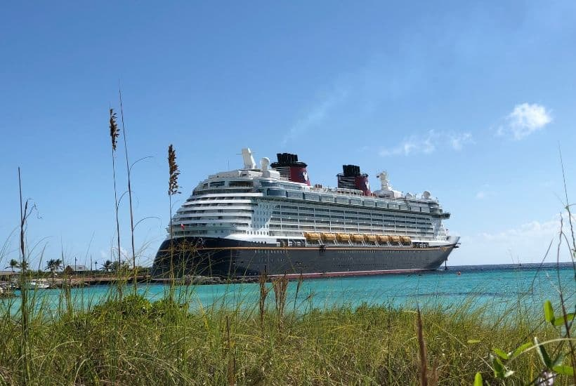 Here are some Disney Cruise Line tips and tricks that will help you prepare for your best trip and also allow you to have a great time while you are there. These Disney cruise tips will help you plan your Disney Cruise family vacation. #DisneyCruise #DisneyCruiseTips #DisneyTips #tipsandtricks