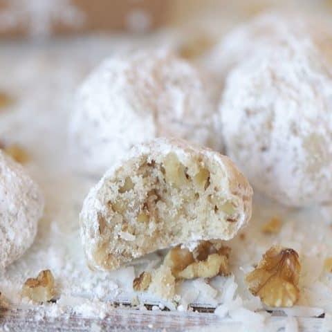Mexican Wedding Cookies (Snowball Cookies)