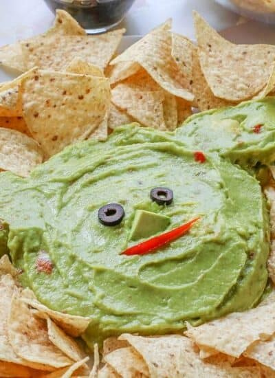 Whether it's Cinco de Mayo or Star Wars day, this Baby Yoda Guacamole Platter is the fun entertaining recipe that Star Wars fans will think is out of this world.